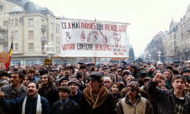 Az 1989-es forradalom dokumentumai titkosságának feloldását kérték