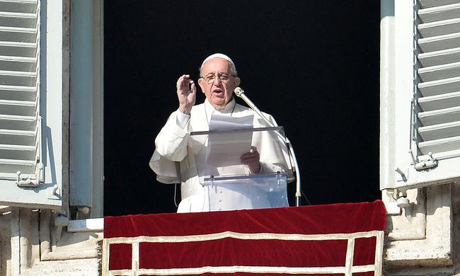 Ferenc pápa: folytatni kell a tárgyalásokat a békéért