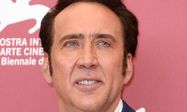 Lopott koponyát vett Nicolas Cage, most visszaadta