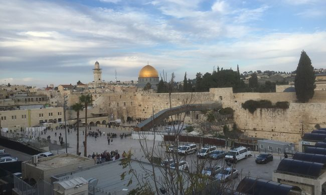 Kiürült Jeruzsálem a merényletek miatt