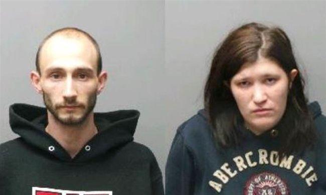Meghalt a kisfiú, mert drogozó szülei 38 órára egy forró szobába zárták