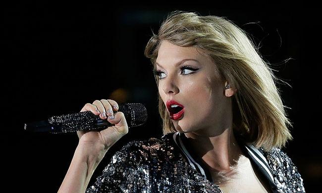 Taylor Swift koncertturnéja volt a legsikeresebb