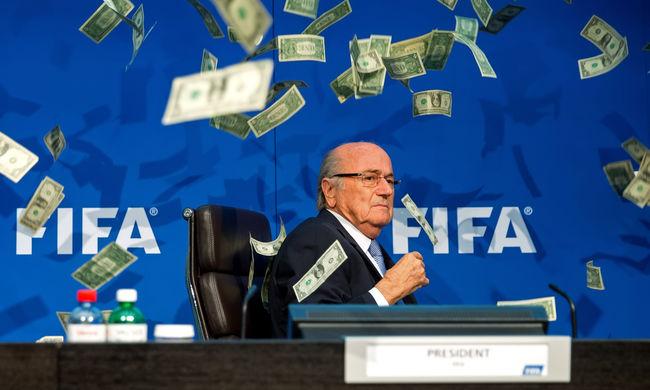 Blatter: Végeztem a labdarúgással