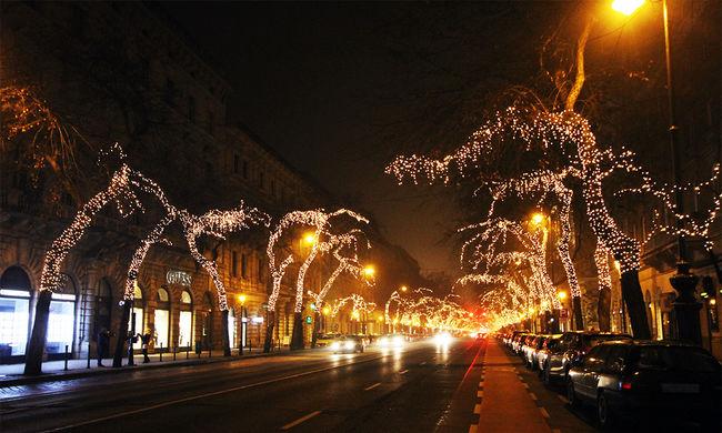 Ilyenek Budapest karácsonyi fényei - képgaléria