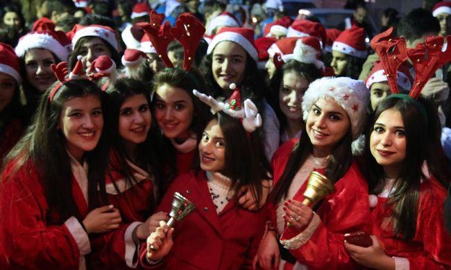 A karácsonyt ünneplik az egész világon - fotók