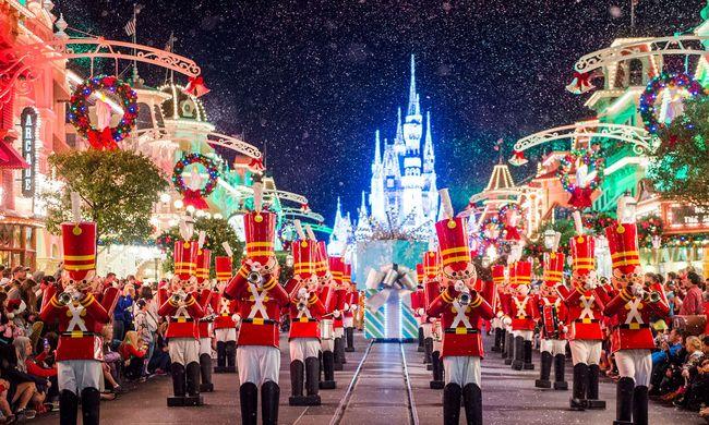 Karácsonyi pánik a Disney Worldben - videó