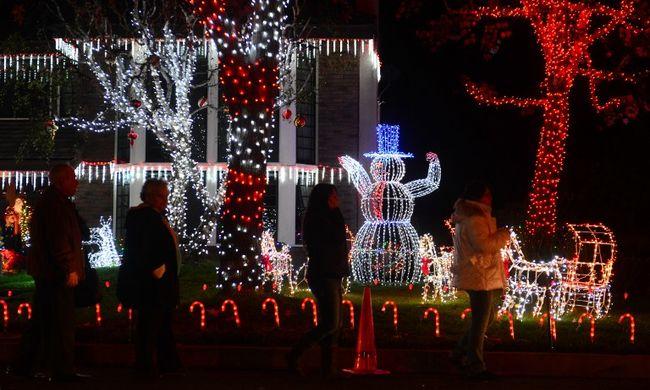 Az amerikai karácsonyi világítás több energiát igényel, mint amennyit más országok egy év alatt termelnek