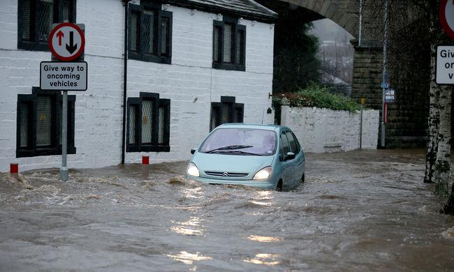 200 éves kocsmát mosott el az áradás