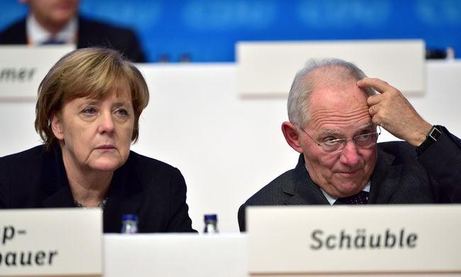 Német pénzügyminiszter: csak közösen tudják megoldani a menekültválságot az uniós országok