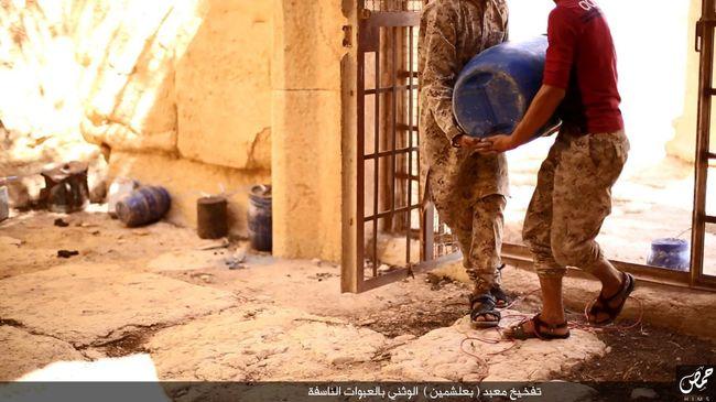 Felépítik az Iszlám Államot túlélő műemlék mását