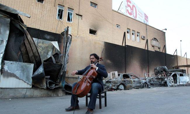 Zenével harcol az Iszlám Állam ellen
