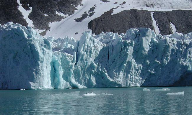 Drámai felmelegedés: a normálisnál 40 fokkal van melegebb az Északi-sarkon
