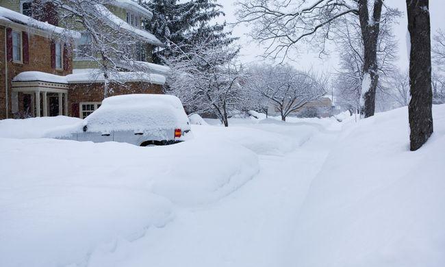 Hatalmas hóvihar közelít