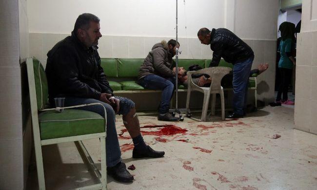 Éttermekben támadtak a terroristák - legalább 16 halott