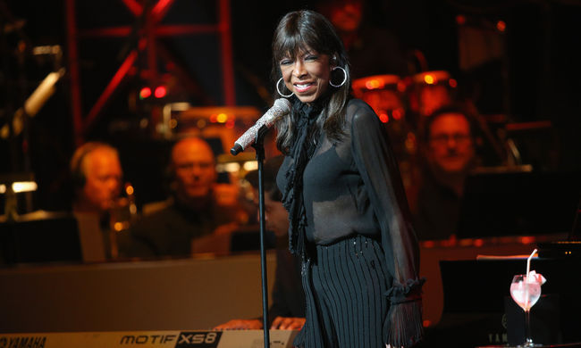 Meghalt a Grammy-díjas énekesnő