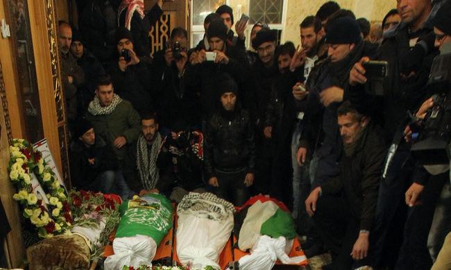 Ezrek búcsúztattak Hebronban 14 megölt palesztin merénylőt