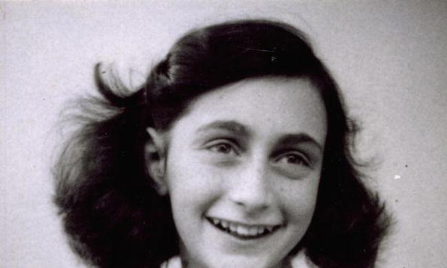Jogi védettsége volt, mégis feltöltötték a netre Anne Frank naplóját