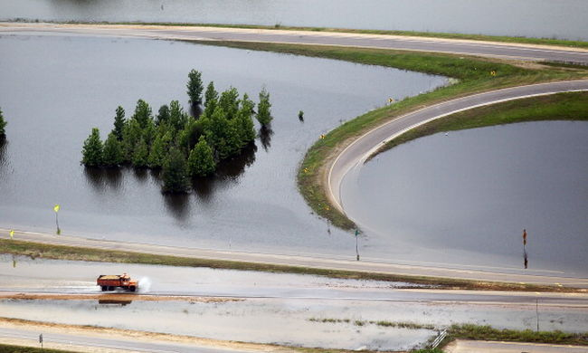 Emelkedik a Mississippi folyó, újabb területeket árasztott el