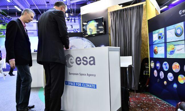 Háromdimenziós nyomtatókkal népesítheti be a Holdat Európa