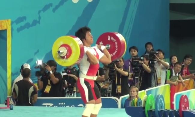 Összeverte riválisát az olimpiai bajnok, 10 évre eltiltották