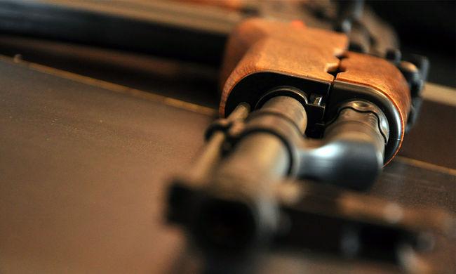 Gyorshír: fegyveresek túszul ejtettek hat lengyelt