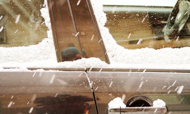 20 centis hó és hófúvás jön