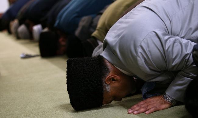 A pénteki imához igazítanák a török köztisztviselők munkaidejét