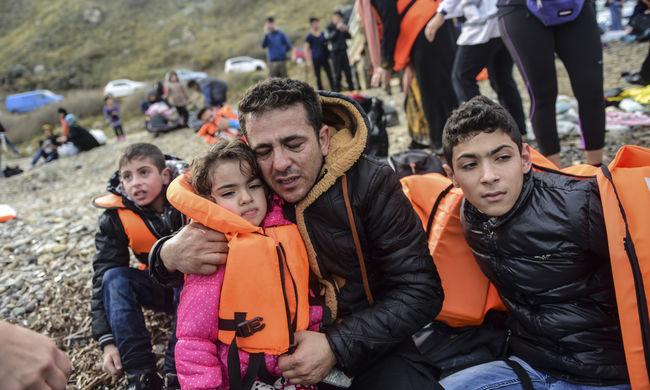Életveszélyes mentőmellényeket gyártottak a migránsoknak