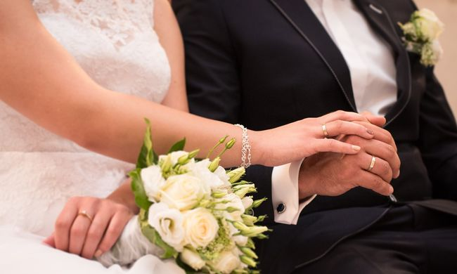 Lánya esküvőjén halt meg a férfi