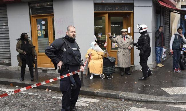 Agyonlőttek Párizs belvárosában egy muszlim terroristát, be akart törni a rendőrkapitányságra, lehet, hogy társai is voltak
