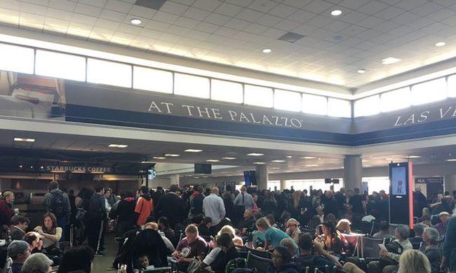 Bombariadó: kiürítettek egy repülőteret