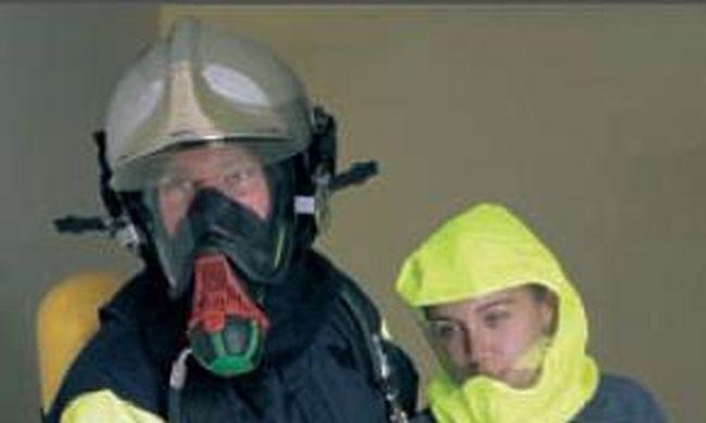 Tűzoltók menekítették ki a lakókat a társasházból