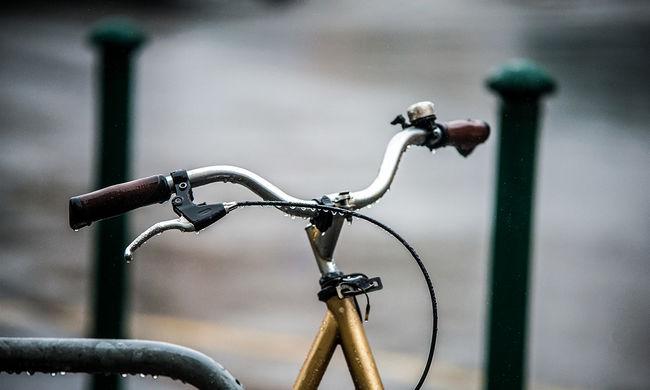 Itt lehet nevezni a pincében tartott kerékpáros kupára