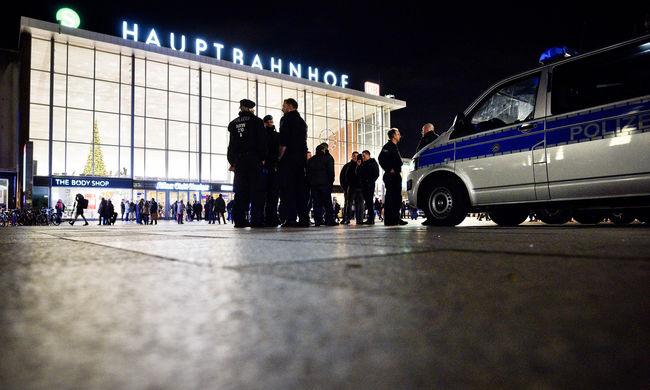 Németországi molesztálás: az ellopott telefonok miatt elfogtak három embert