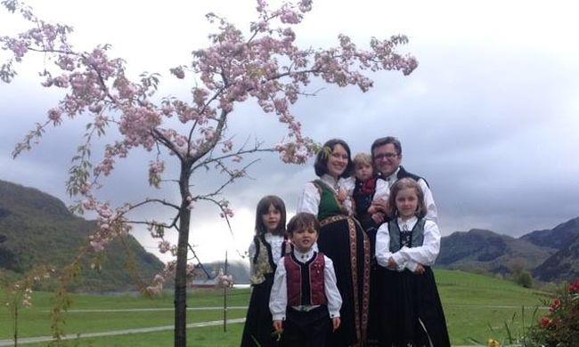 Elvették egy család öt gyerekét