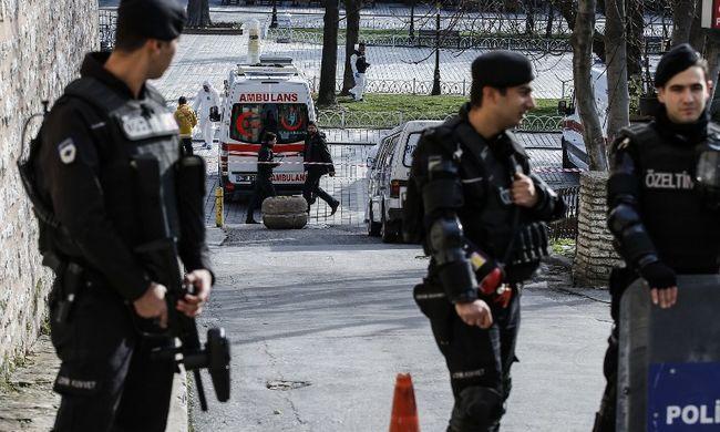 Őrizetbe vették az isztambuli merénylet gyanúsítottjait