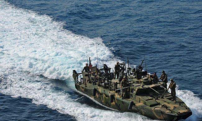 Irán szerint hamarosan elengedik a fogoly amerikai tengerészeket