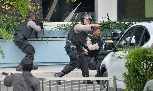 Dzsakartai robbantások: Nem tud magyar áldozatról a nagykövetség
