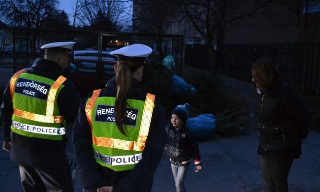 Rendőrautó vitte oviba a hatéves gyereket