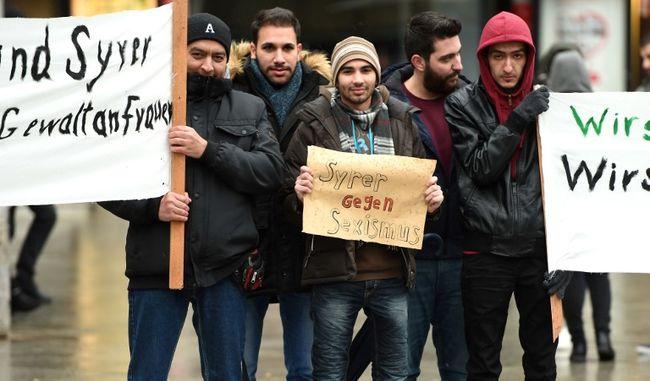 Tüntettek a nők elleni kölni erőszak ellen migránsok