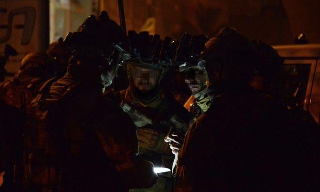 Eljárást indított a párizsi ügyészség a terroristák ellen