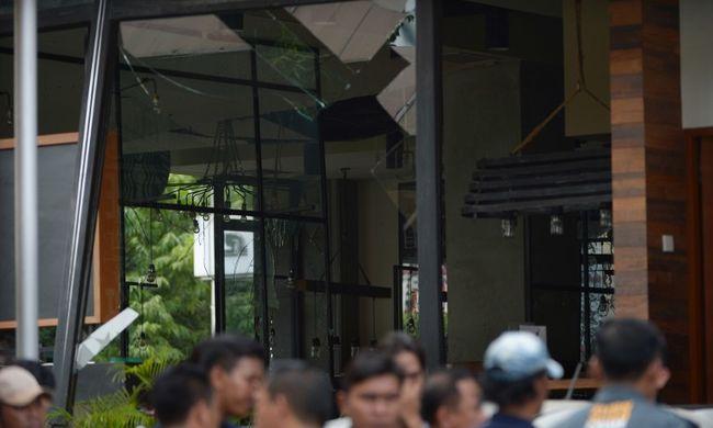 Dzsakartai robbantások: tizenkét embert vett őrizetbe az indonéz rendőrség