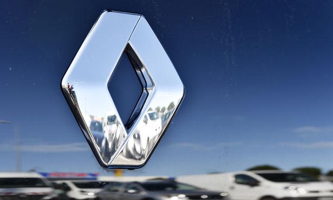 Visszahív 15 ezer autót a Renault