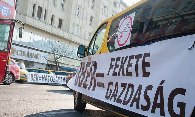 Uber: letölthetik a NAV tájékoztatóját a sofőrök