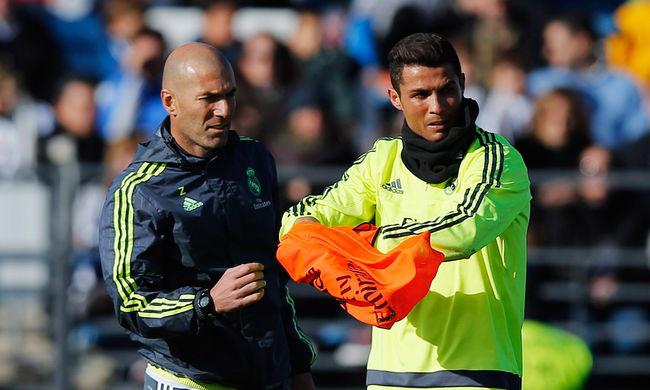 Zidane megmutatta Ronaldónak, hogyan kell szabadrúgást rúgni