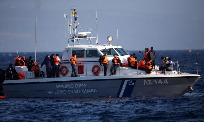 Hajókatasztrófa: már 41 halott, köztük 17 gyerek