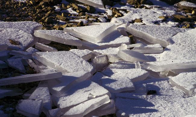 Megindult a jégzajlás a Dunán - videó