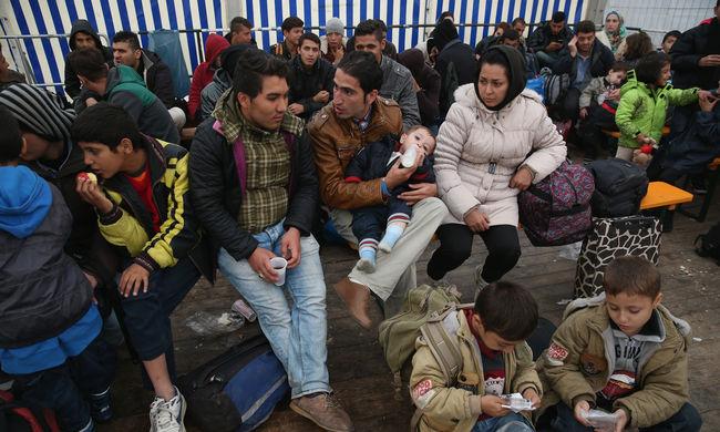 Megerősítik az iskola kerítését a migránsok miatt