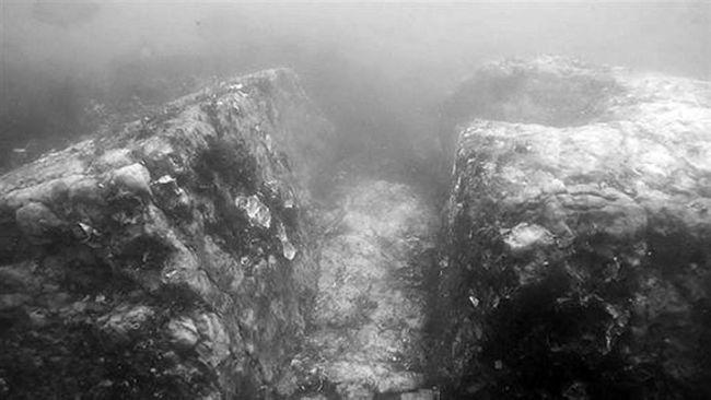 Kétezer éves víz alatti palotát találtak