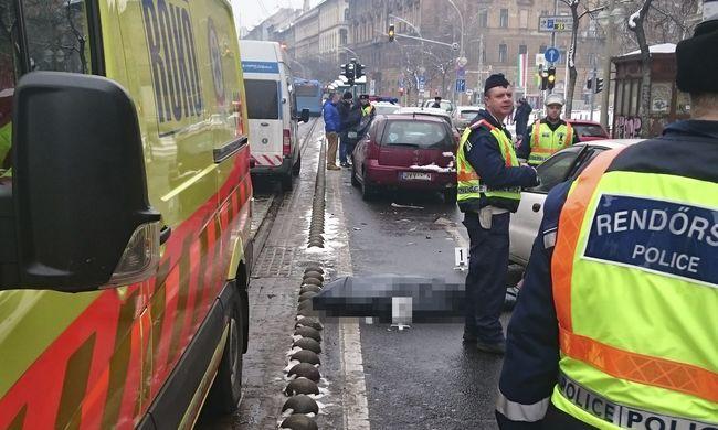 Autóvezetés közben meghalt egy ember Budapesten